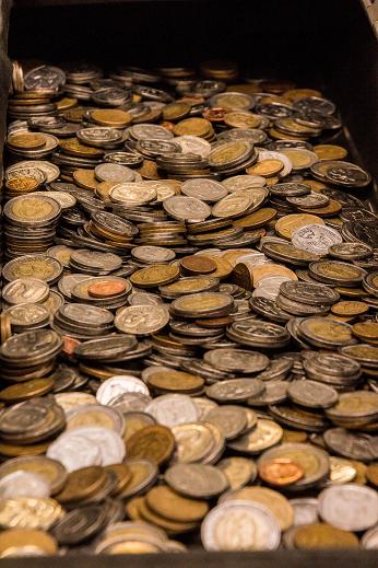 Cascade of coins